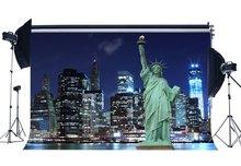 Statue of Liberty Hintergrund New York City Night View Kulissen Fluss Bokeh Glänzende Lichter Wolkenkratzer Hintergrund