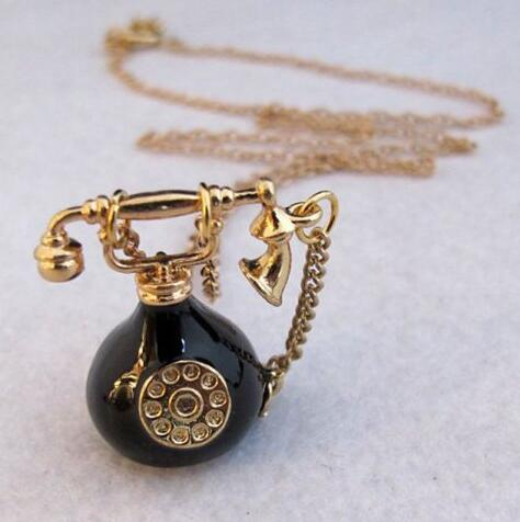 Vintage Antique Alloy Tool Telephone Pendant Necklaces Sweat