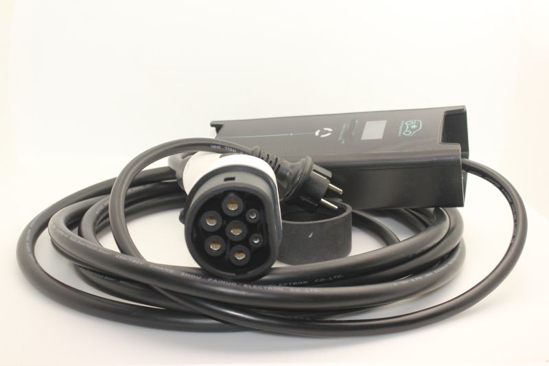 Schuko plug type 2 IEC62196 7 broches 8A 10A 16A réglable niveau 2 SAVE 5 M câble pour Électrique Maison De Voiture chargeur Niveau 2 dans Stock
