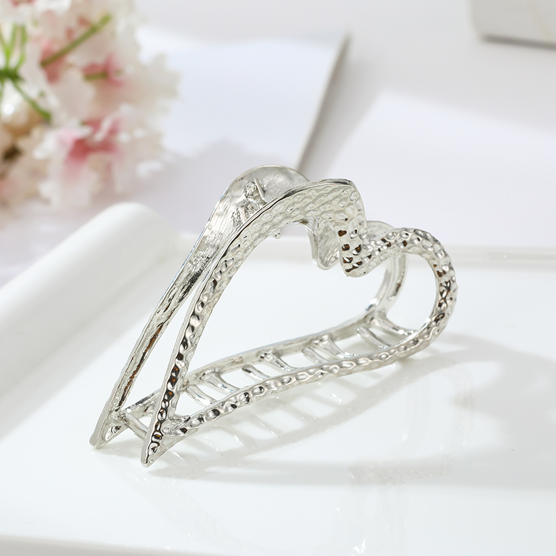 Popular Women Metal Hair Clip Heart Shape Hair Claw Ponytail Holder girls Elegant Hairpins Barrette Hair Styling Tools Crab Claw in Women 39 s Hair Accessories from Apparel Accessories