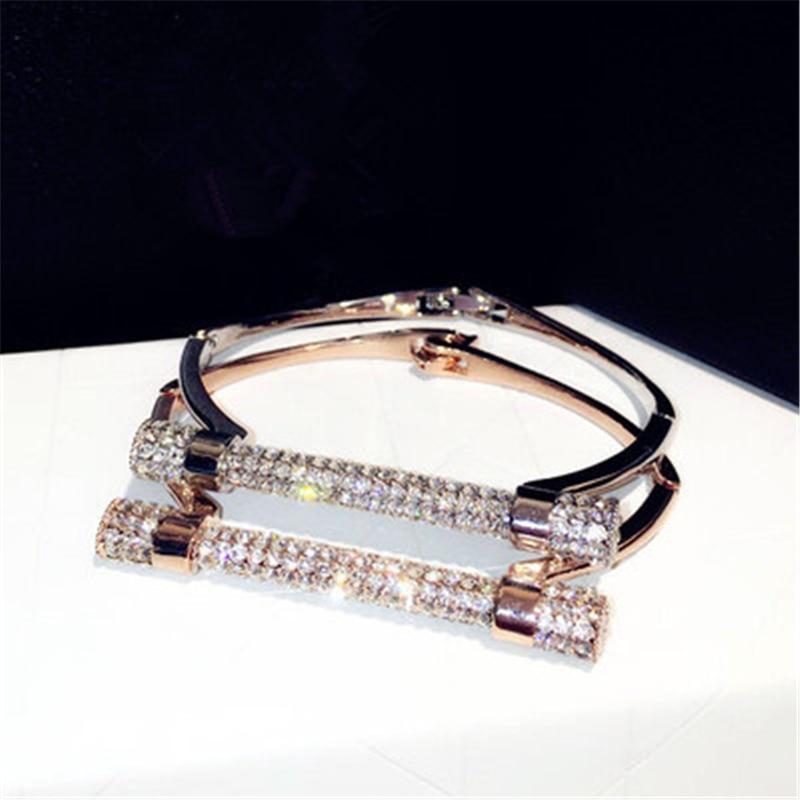 Prix pour Luxe Cristal de Fer À Cheval Manchette Bracelets Marque Strass Bras Bracelets Pulseira Feminina Pour Femmes Bijoux NAWEILY Mode Bijoux