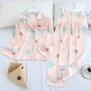Image 2 - Новинка 2020, женские пижамные комплекты из двух предметов, шелковая атласная пижама, осенняя одежда для сна с длинным рукавом и принтом, Женская домашняя одежда, пижамы