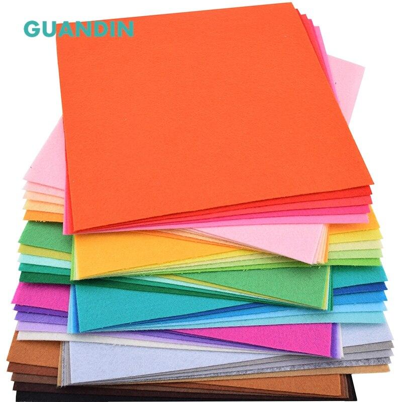 GuanDin, 40 pcs dans 1 pack/Mix Solid Color/Polyester Non Tissé Tissu Feutre/Épaisseur 1mm/pour le BRICOLAGE À Coudre Jouets, Artisanat Poupées/20 cm x 20 cm