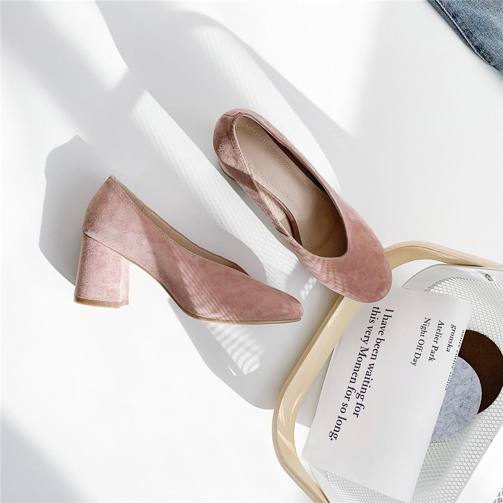 Ayakk.'ten Kadın Pompaları'de V Şekli Sığ Koyun Derisi Süet Pompaları 7 cm Kalın Yüksek Topuklu Yuvarlak Ayak Kadın Ofis Bayanlar Düz iş ayakkabısı XDD04 MUYISEXI'da  Grup 2