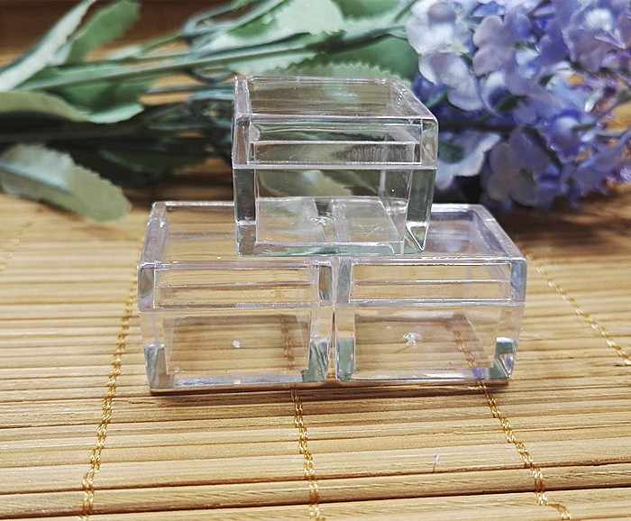 20pcs/lot , 5g square shape cream jar cosmetic container Case, plastic bottle display container Eye shadow powder compact