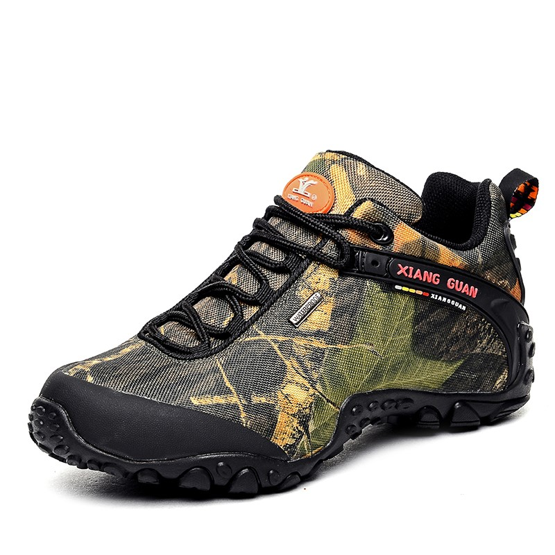 outdoor large size EU 36~48 men women Camouflage waterproof hiking shoes boots Anti-skid Wear-resistant climbing sneakers 81289 old school hip hop basketball shoes anti skid ankle boots shockproof outdoor sneakers wear resistant sport shoes