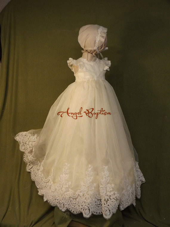 Sparkly Beaded ruffles White/ ivory lace appliques infant girl baptism dress baby christening dresses long gown with hat white christening dress baby girl christening gowns vintage long lace gown baby christenin baptism girl princess dresses