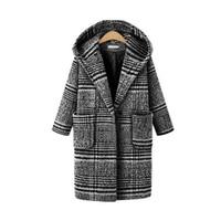 2018 women coat winter new plaid long hooded warm fashion thick woolen loose cardigan coat AL 5665