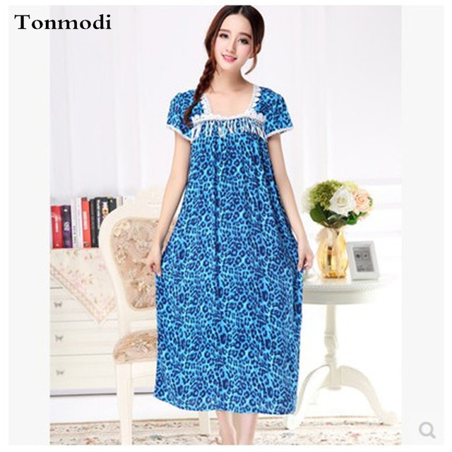 2016 New Long Nightdress Womens Nightgowns Cotton+Silk Loose Aquare Collar  Nightshirt-in Nightgowns   Sleepshirts from Women s Clothing   Accessories 8c8e354c2
