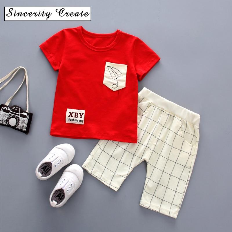 Лето 2018 Новое поступление хлопок Комплекты для маленьких мальчиков повседневные 2 шт. футболка + короткие детские красивые комплекты одежды...