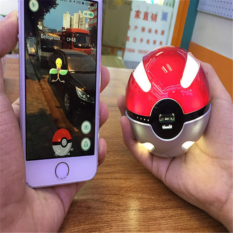 Newest hot Quick phone Charge Poke mon Go Red Ball Power Bank 10000mA Charger With LED Light Mobile game Cosplay Pok emon