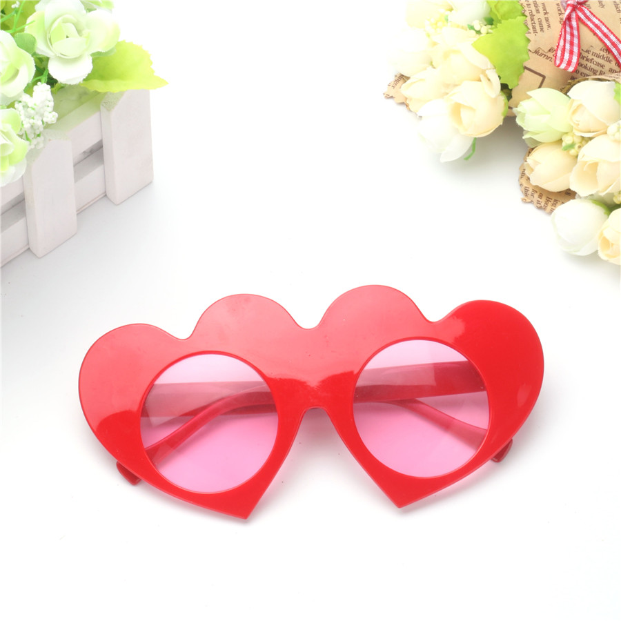 Lovely Red Loving Heart Decorated Glasses Wedding Favors Valentines ...
