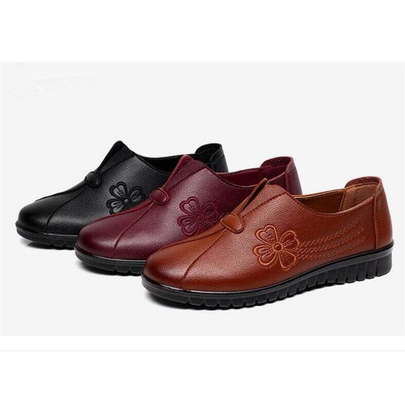 Black Mode Femmes Dame Qualité Red Moyen brown Taille Brodé Pu Plates Casual Haute D'âge Chaussures Confortable Doux wine Grande vqZw7dEB