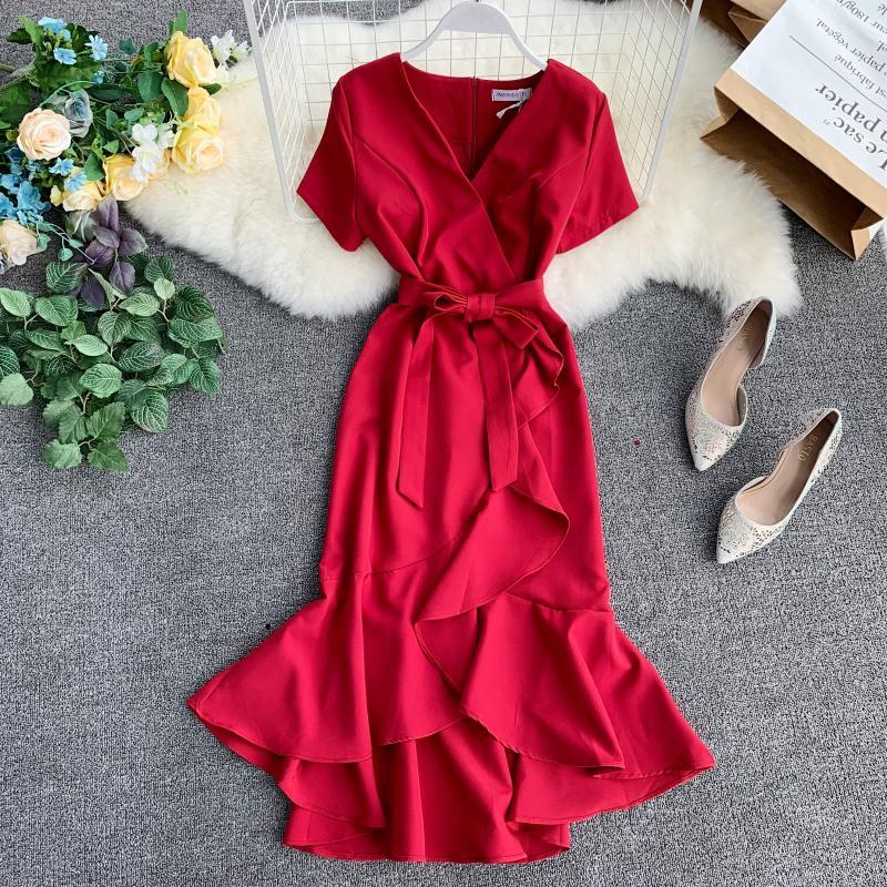 2019 new fashion women's dress retro sexy short-sleeved high-waist straps split irregular ruffled dress 1