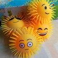 6 pcs 12 cm Bonito Emoji Estresse Bola Sensorial Fidget Brinquedo Para Uma Melhor Atenção e Foco Kids/Adulto Anti estresse Bola De Presente De Natal