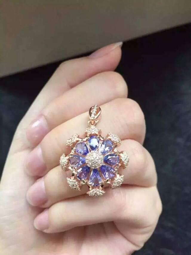 Здесь продается  natural blue tanzanite pendant S925 silver Natural gemstone Pendant Necklace trendy happy Ferris wheel women girl party jewelry  Ювелирные изделия и часы