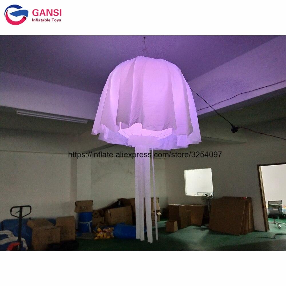 Forme gonflable de lustre de lampe artificielle de décoration de partie a mené la méduse gonflable pour la boîte de nuit