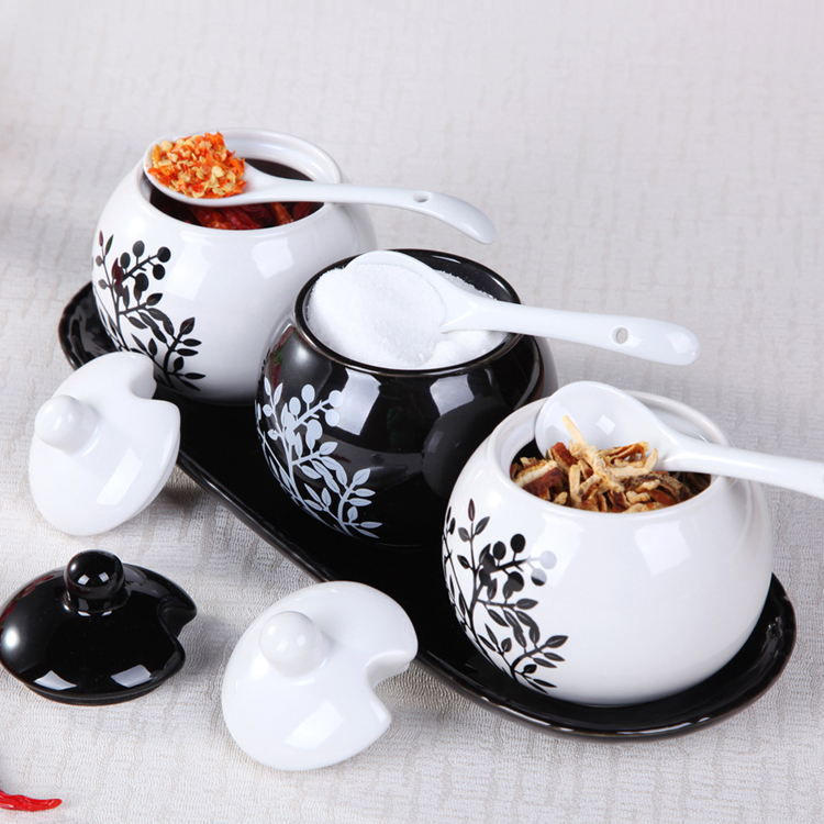 beautiful Seasoning bottle ceramic 3pcs/set spice jar black-and-white sauce pot kitchen supplies container storage canister tank harry potter mug marauders map