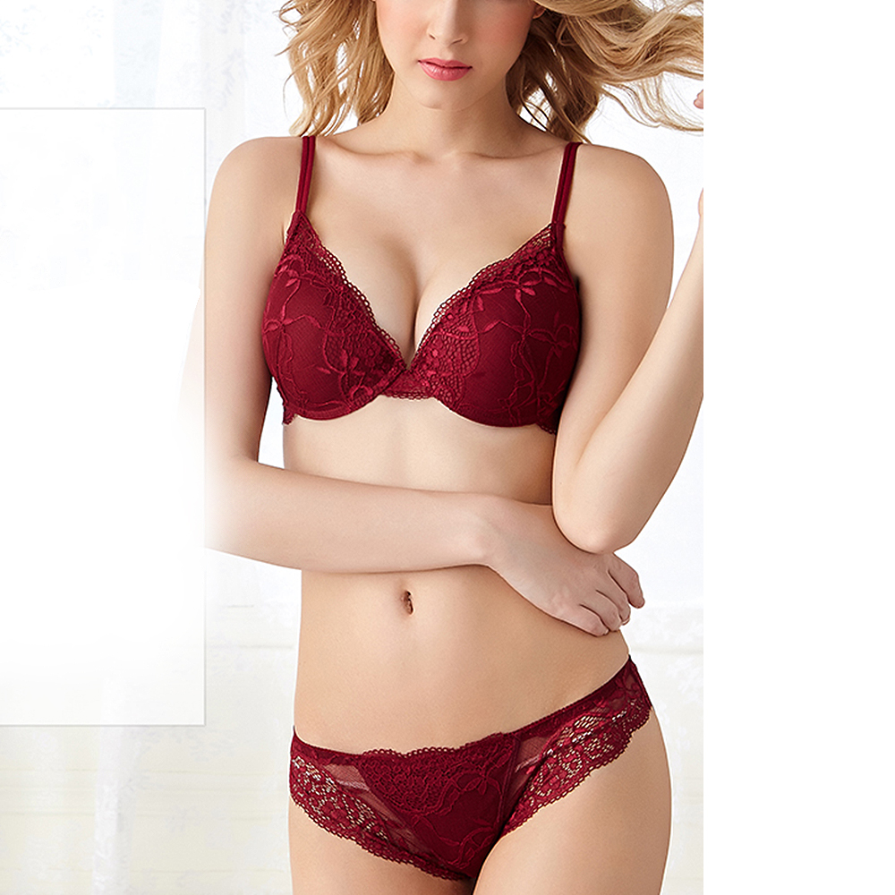 26e0cad1eab61 Detail Feedback Questions about YANDW Women Lace Red Bra Set 3 4 Cup Sexy  Push up Bra Panty Lingerie Quality Underwear Embroidery Floral 70 75 80 A B  C ...