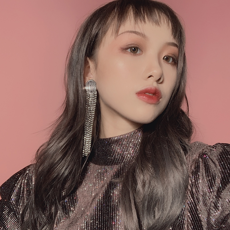 Super shiny tassel fashion long earrings clip in Clip Earrings from Jewelry Accessories