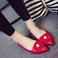 2016 новое поступление свободного покроя женская обувь женщина квартиры корейский сладкий жемчужина конфеты цвета лакированной кожи женщин плоской подошве WSH1017