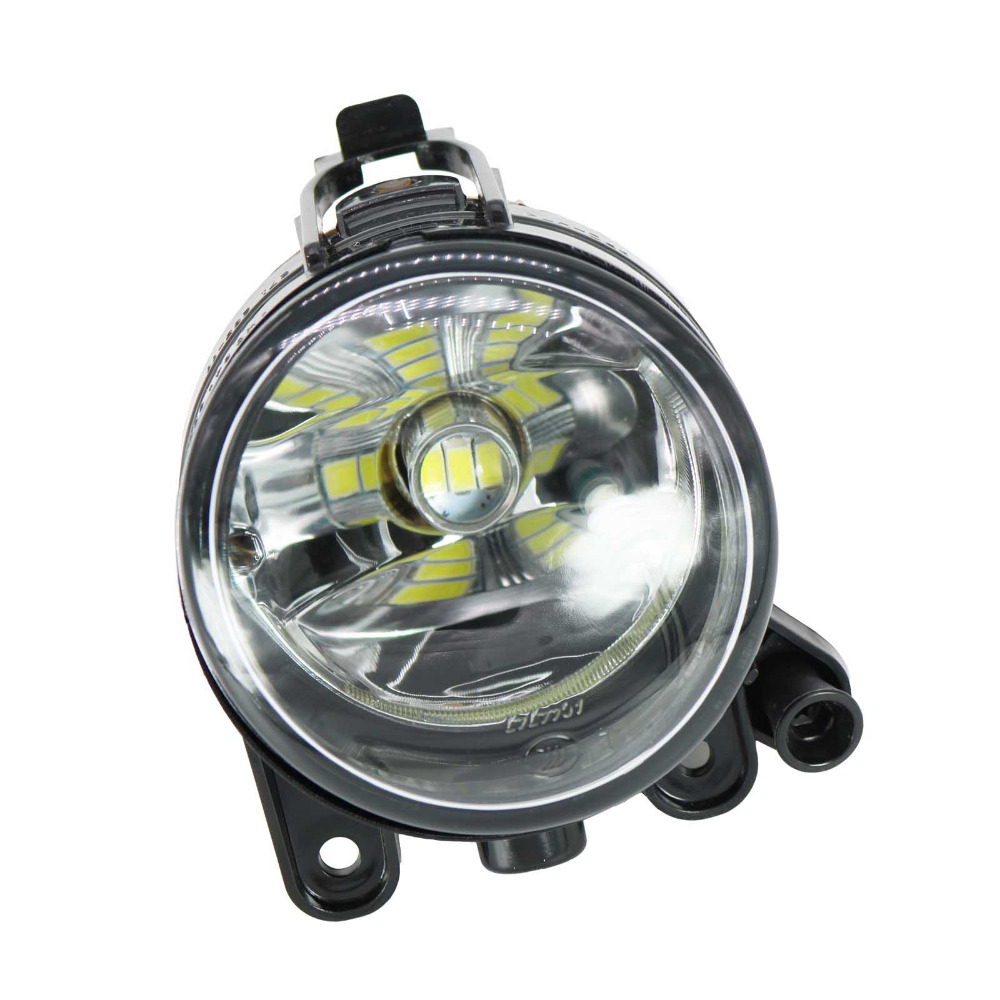 Car LED Light For VW Golf 5 Golf MK5 2004 2005 2006 2007 2008 2009 Left Side Front LED Fog Light Fog Lamp With LED Bulbs right side front fog light headlight for audi a3 s3 s line a4 b7 2004 2005 2006 2007 2008 oem 8e0941700 car accessory p318 r