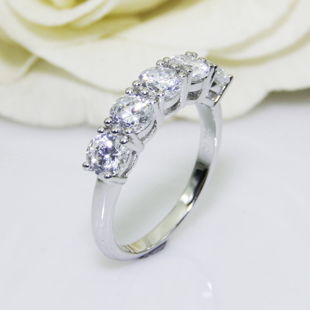 2 0CTW Round Cut DF Color Moissanite Center 14K Solid White Gold Female Gold Ring Wedding