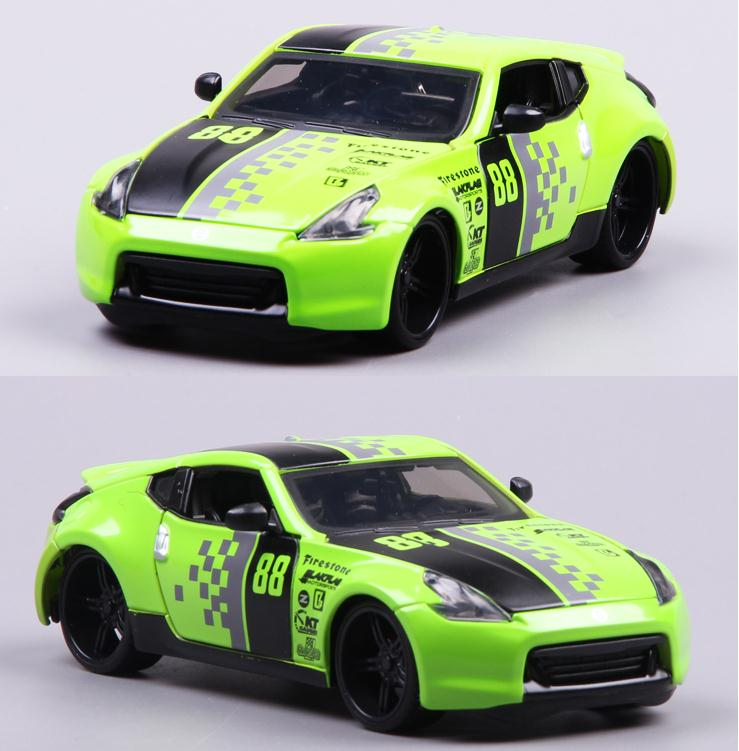 1:24 advanced alloy model car,high simulation NISSAN 370Z Revised Edition,diecasting metal collection model,free shipping