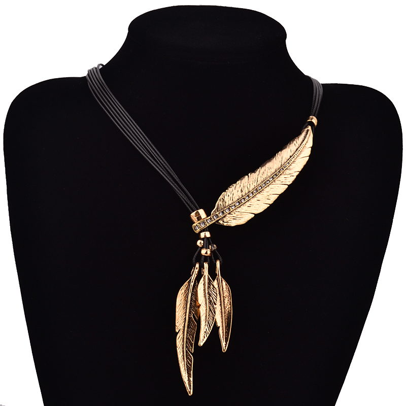Fashion Bohemian Style Black Rope Chain Feather Pattern Pendant Necklace For Women Jewelry Collares Statement Necklace