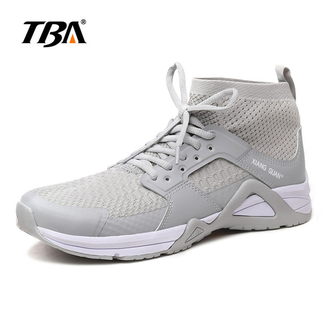 2017 TBA Summer Man Running Shoes Athletic Outdoor Sneakers breathable Black  white Sports Shoes for Men