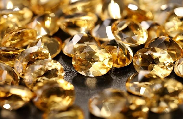 Diamantes e pedras preciosas soltas