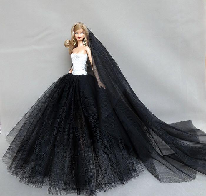 黑色网纱裙