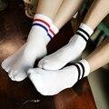 Мужчины Носки Мода Harajuku Мягкий Хлопок Весна Summer Любовника Носки Молодые Мальчики Девочки Носок Белый Черный Короткие Носки Сплошной Цвет