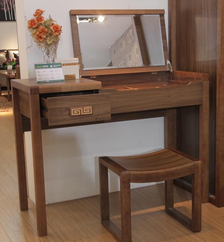 Costruito specchio per il trucco pieghevole tavolo di legno ...