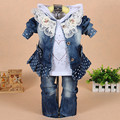 2016 Crianças conjunto de roupas de bebê Meninas moda Rendas Jean 3 pcs set top coat outerwear + Camisas + Calça jeans terno livre grátis