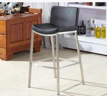 Solid wood bar table and chair. Leisure rotation. Small round