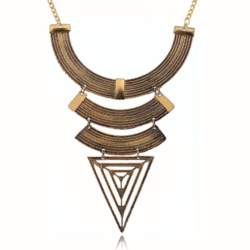 23dd8ef1ab4a 2017 Nuevo lujo de la vendimia exagerada grandes aleación triángulo  colgante collar gargantilla punk Collar para las mujeres joyería