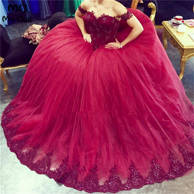 Amazing 2018 Burgundy Long   Prom     Dresses   Short Sleeve Off shoulder Appliques Lace Beaded   Prom     Dress   Floor Length