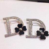Kpop B108 Litera D Czarne Kwiaty Lapel Pins Broszki Broche Strass Bijouterias Obrabia Biżuteria Dla Kobiet
