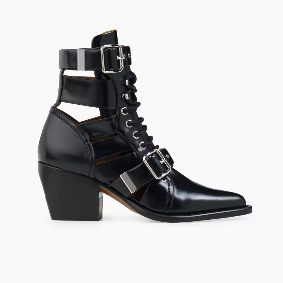 2018 summer autumn women boots lace up cut-out ankle boots Thick heel med heels shoes women pointed toe women gladiator boots2018 summer autumn women boots lace up cut-out ankle boots Thick heel med heels shoes women pointed toe women gladiator boots