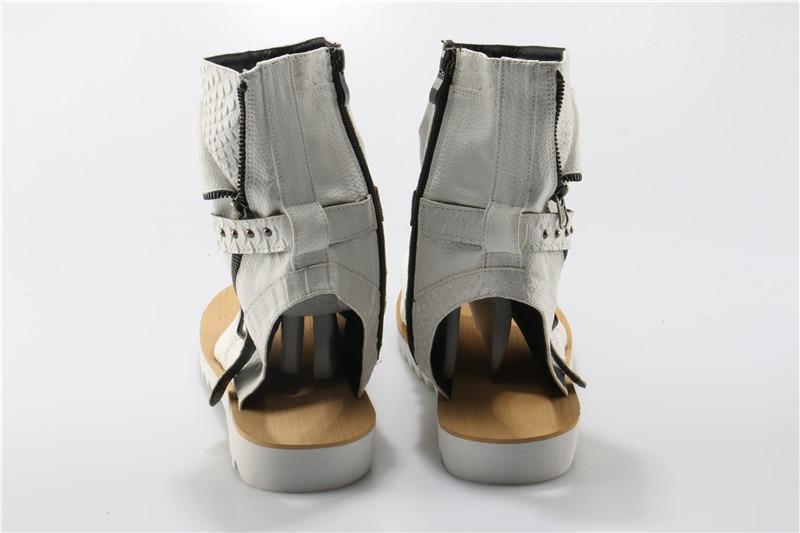 Botas Sandalias Sandálias Kwok Dedo Ch Couro Mens Verão De Zipper Studded Rivet Fivela Hombre Sapatos Aberto Flats Masculinas Casuais BFFROW