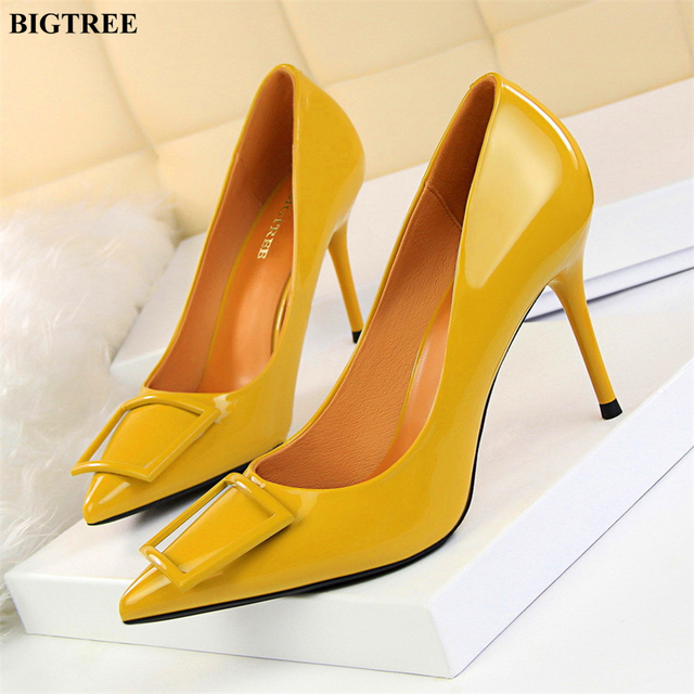 2dae713352 Square Buckle Fashion OL Office Shoes 2019 New Women's Concise Patent  Leather Shallow High Heels Shoes Pointed Toe Women Pumps