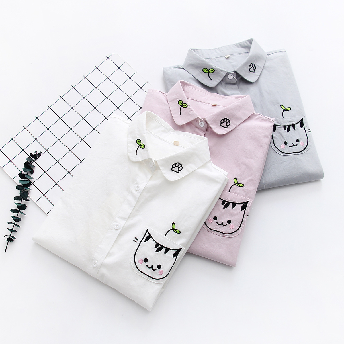 Women White Blouse Shirt Female Cotton New Summer Sweet Cartoon Cat Embroidery Shirts Women Tops Ladies Clothing 2019