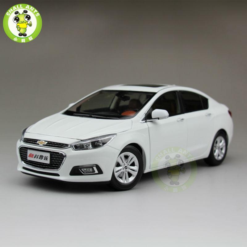 Diecast Grand New Avanza Harga 2015 1 18 Chevrolet Cruze Baru Model Mobil Putih