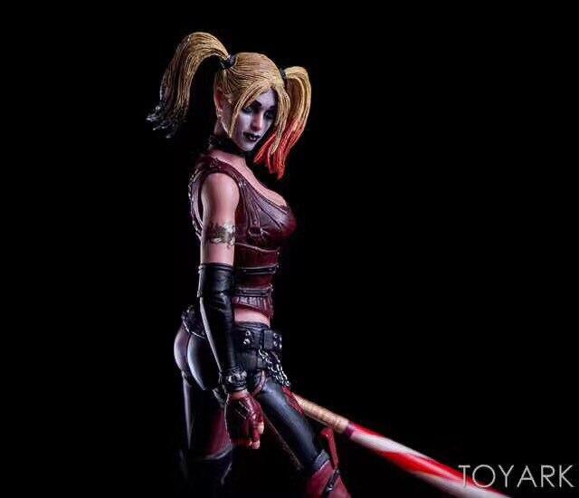 18cm NECA Batman Arkham City Harley Quinn PVC Action Figure Collectible Model Toy neca dc comics batman arkham origins super hero 1 4 scale action figure
