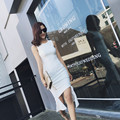 Sexy sin mangas vestidos de coctel elegantes sirena kim kardashian dress negro y blanco vestido de festa curto renda