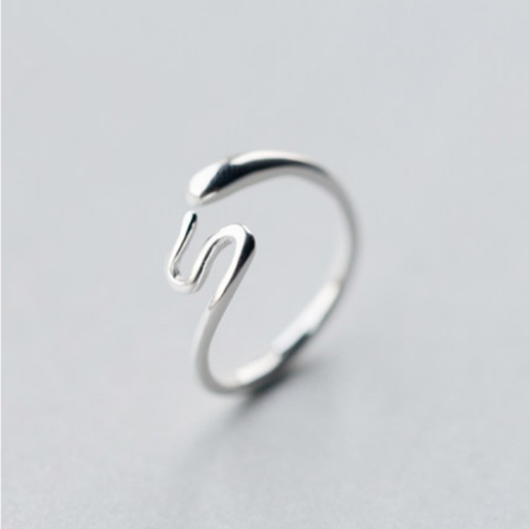 Silver Color S Shape Snake Ring Women 2018 Fashion Jewelry Ladies Adjustable Party Rings Delicate Tail Ring Finger Rings