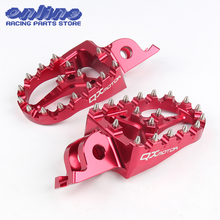 цена на QXMOTOR Logo CNC Billet MX Rests Pedals Footpegs For Honda crf450r crf250r crf250x crf 250 crf150r CR125/250 Motorcycle