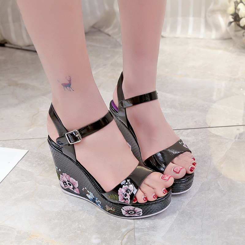 ce785885487 2018 Summer New Design Embroider Flower Women Sandals Super High Heel  Platform Sexy Ladies Sandals Fashion All match Casual Shoe-in High Heels  from Shoes on ...