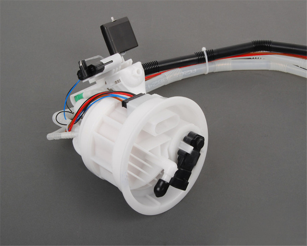 small resolution of 2003 mercedes benz e320 fuel filter